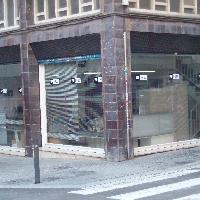 local barcelona con muchas posibilidades