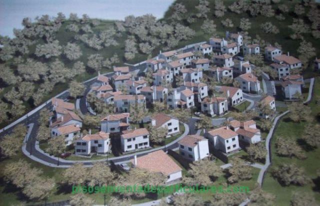 Estupenda urbanizaciòn de chalets independientes en plena sierra de Aracena