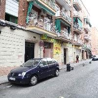 Alquiler 2 locales contiguos zona Marcelo Usera