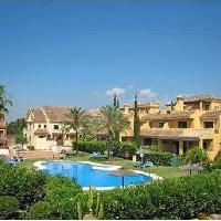 Elegante semi-adosada en venta en Nagüeles Marbella 30% reba