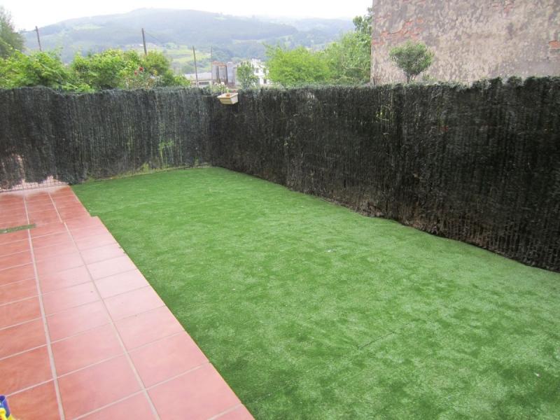 Pisos en cantabria vivienda con jardin for Viviendas jardin